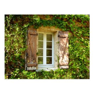 フランスのな農家窓及びシャッター ポストカード