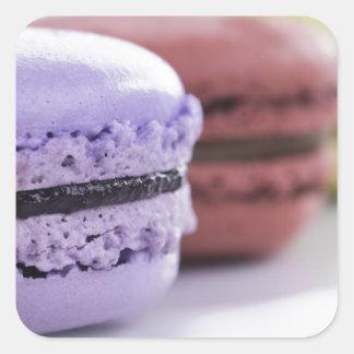 フランス人のMacaronの紫色およびあずき色のクッキー スクエアシール