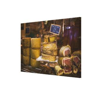 フランス、コルシカ。 ローカルチーズおよびcharcuterie キャンバスプリント