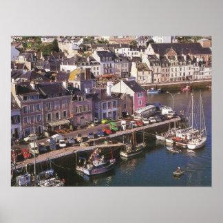 フランス、ブルターニュ、美女のIle en Merの係留 ポスター