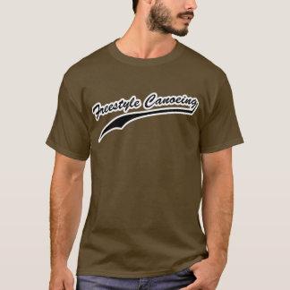 フリースタイルのカヌーをこぐワイシャツ Tシャツ