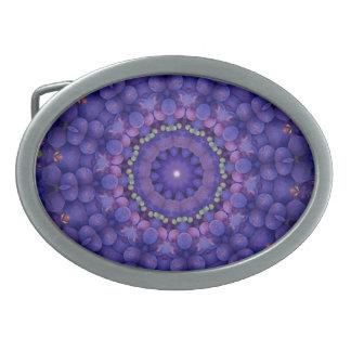 フルーツのボヘミアの目まぐるしく幾何学的な曼荼羅CO 卵形バックル