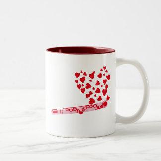 フルートのハート ツートーンマグカップ