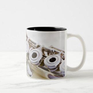 フルート2 ツートーンマグカップ