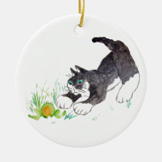 フレッドの猫は、ホップの豊富な事を見つけました 陶器製丸型オーナメント