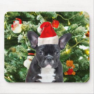 フレンチ・ブルドッグのクリスマスツリーは雪だるまを飾ります マウスパッド
