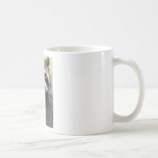 フレンドリーなアライグマ コーヒーマグカップ