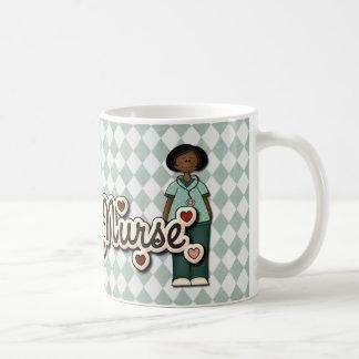 フレンドリーな微笑のナースのための抱擁 コーヒーマグカップ