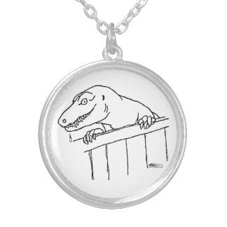フレンドリーな近隣の恐竜 シルバープレートネックレス