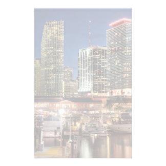 フロリダのマイアミのスカイライン都市 便箋