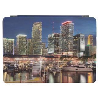 フロリダのマイアミのスカイライン都市 iPad AIR カバー
