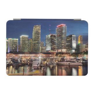 フロリダのマイアミのスカイライン都市 iPad MINIカバー