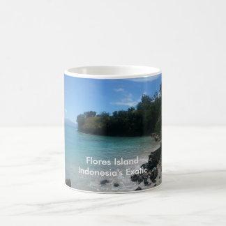 フローレス島の島のマグ コーヒーマグカップ