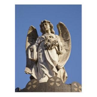 ブエノスアイレスの彫像の下で見る石造りの天使 ポストカード