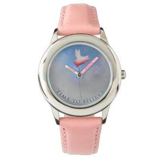 ブタが腕時計を飛ばす信じ時時間への 腕時計