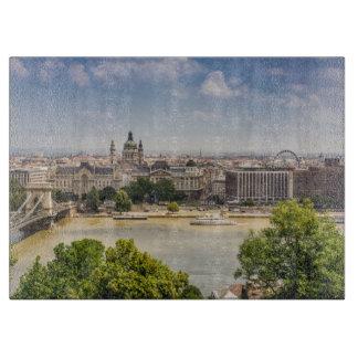 ブダペストの夏の都市景観、ハンガリー旅行写真 カッティングボード