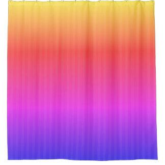 ブティックのストライプな虹- シャワーカーテン