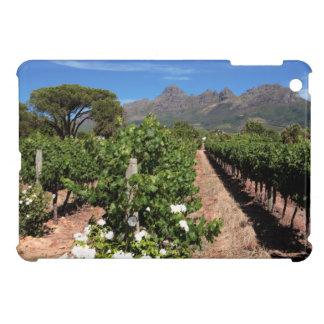 ブドウ園の眺め。 Stellenbosch iPad Miniカバー