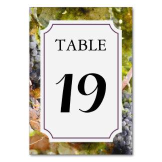 ブドウ園またはワイナリーのテーブル数カード カード