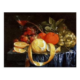 ブドウ、オレンジおよび皮をむかれたレモンの静物画 ポストカード