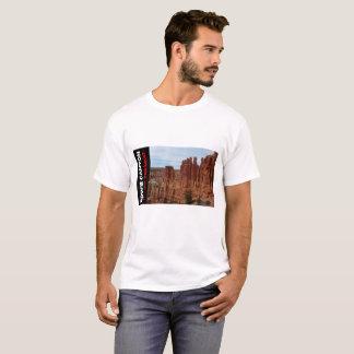 ブライスの国立公園のTシャツ-愛Hoodooか。 Tシャツ