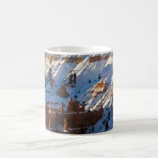 ブライス渓谷のクリスマス、日没ポイント コーヒーマグカップ