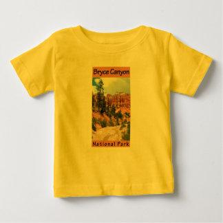 ブライス渓谷の国立公園 ベビーTシャツ