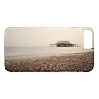 ブライトンのビーチの海 iPhone 8 PLUS/7 PLUSケース