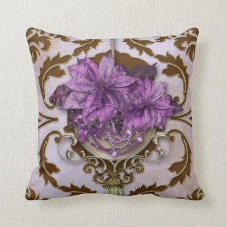 ブラウンおよび薄紫のVENEZIAのポインセチア クッション