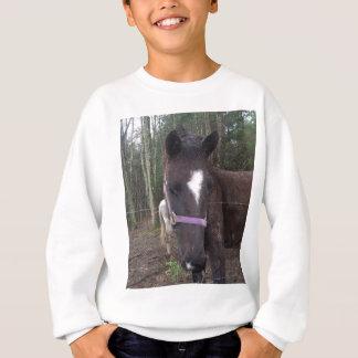 ブラウンのかわいらしい馬 スウェットシャツ