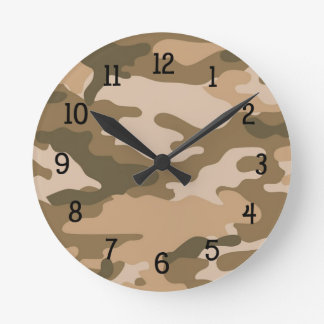 ブラウンのカムフラージュの時計の男の子の寝室の子供部屋の迷彩柄 ラウンド壁時計