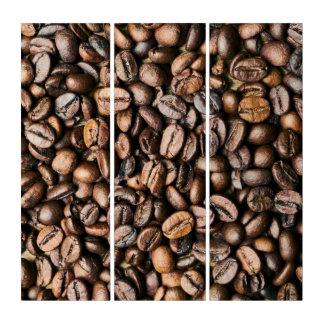 ブラウンのコーヒー豆の背景 トリプティカ