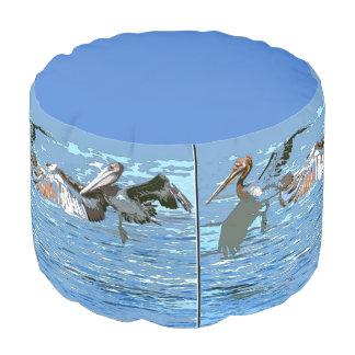 ブラウンのペリカンの鳥の野性生物動物のPoufの枕 プーフ