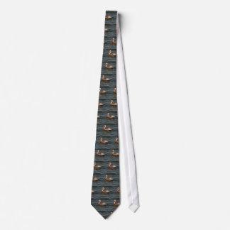 ブラウンのペリカン(Pelecanusのoccidentalis)のタイ オリジナルネクタイ