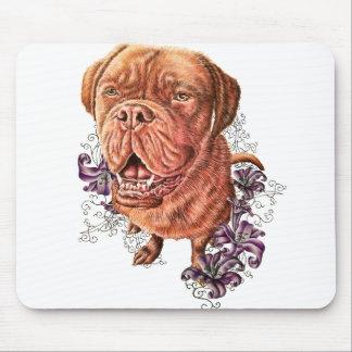 ブラウンのマスティフ犬芸術およびユリのスケッチ マウスパッド
