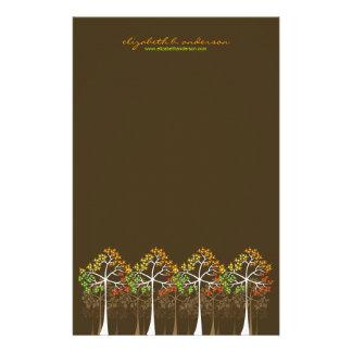 ブラウンのメッセージカードの文房具の秋/秋の木 便箋