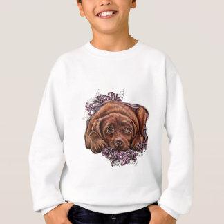 ブラウンのラブラドール犬およびユリのスケッチ スウェットシャツ