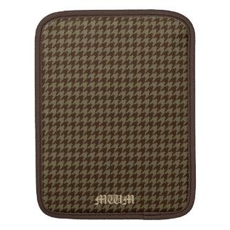 ブラウンの千鳥格子のなハンサムな紳士のパターン iPadスリーブ