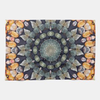 ブラウンの抽象的な万華鏡のように千変万化するパターン キッチンタオル