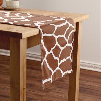 ブラウンの白いキリンの皮パターン ショートテーブルランナー