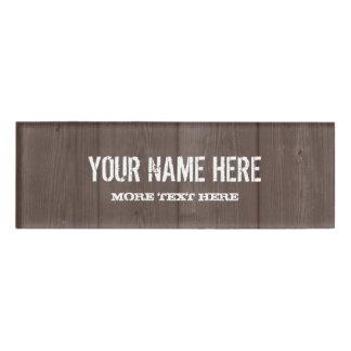 ブラウンの納屋の木製の穀物の素朴な名札のバッジ 名札