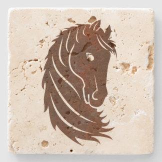 ブラウンは馬のプロフィールの石のコースターを様式化しました ストーンコースター