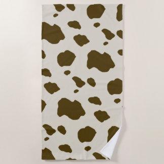 ブラウン動物の牛は模造のな皮に斑点を付けます ビーチタオル