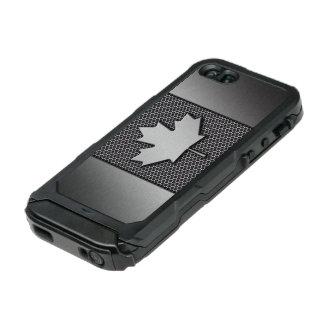 ブラシをかけられた金属のカナダ人の旗 ウォータープルーフiPhone SE/5/5sケース