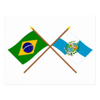 ブラジルおよびリオデジャネイロの交差させた旗 ポストカード