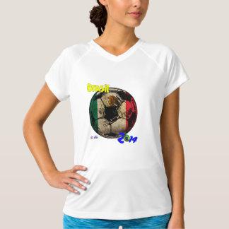 ブラジルのサッカーボールのメキシコプロダクトTシャツ Tシャツ