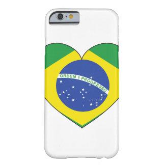 ブラジルの旗のハート BARELY THERE iPhone 6 ケース
