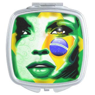 ブラジルの旗の女の子のポートレートCompact_Mirror