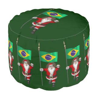 ブラジルの旗を持つサンタクロース プーフ