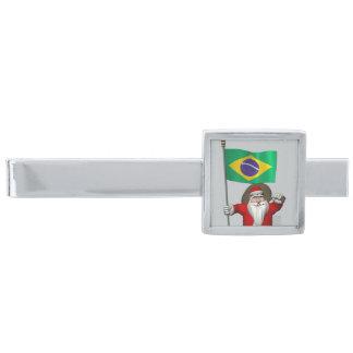 ブラジルの旗を持つサンタクロース 銀色 ネクタイピン